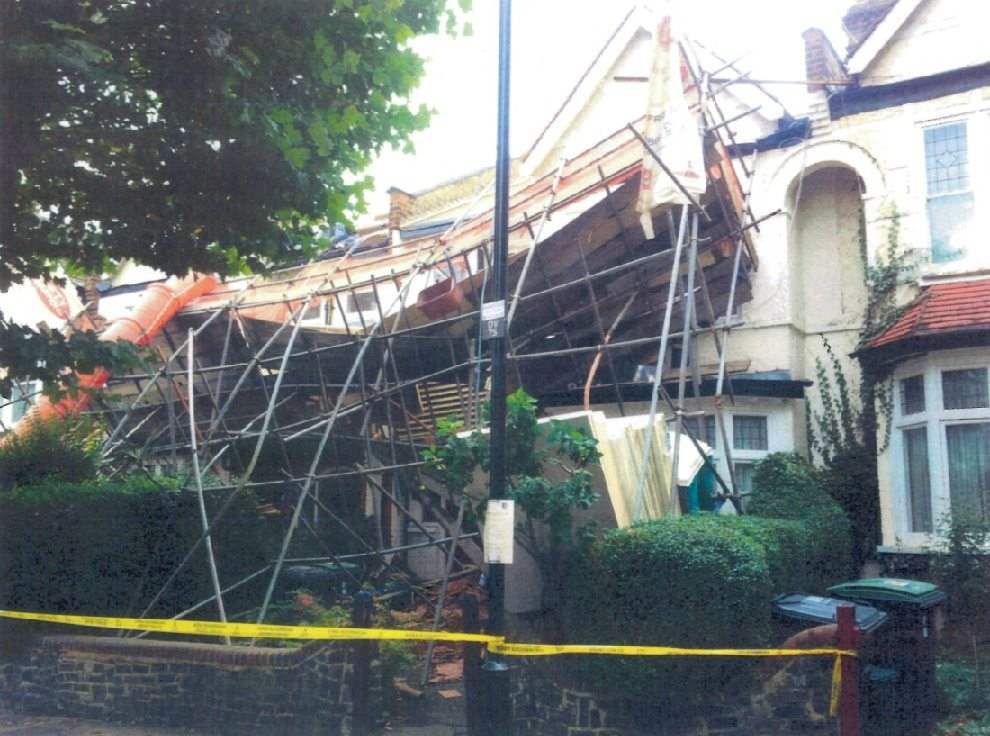Collapsed scaffold